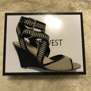 New black and beige wedge sandals